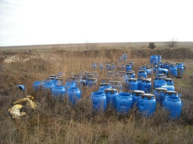 МАМА-86 провела моніторинг місць скупчення непридатних пестицидів у Херсонській області